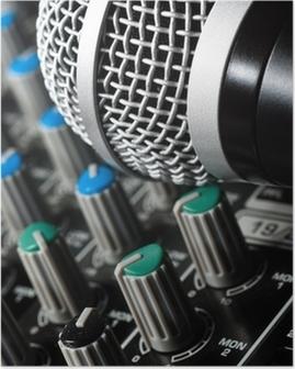 Poster Sound mixer met microfoon