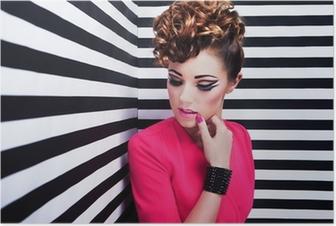 Poster Vacker ung kvinna med professionell part utgör
