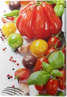 Premium Baskilar Taze domates ve otlar - sağlıklı beslenme kavramı
