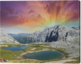 Quadro su Tela Bellissimi laghi e le cime delle Dolomiti. Estate tramonto su Alpi