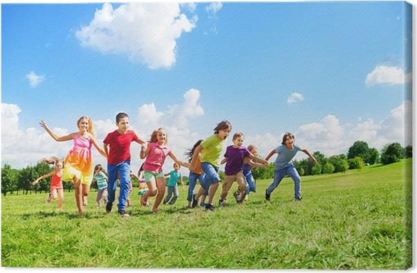 Disegno Di Bambino Che Corre : Quadro su tela molti bambini che corrono nel campo u2022 pixers