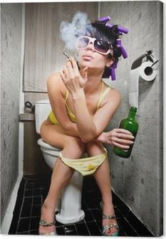 Quadro su Tela Ragazza si siede in una toilette