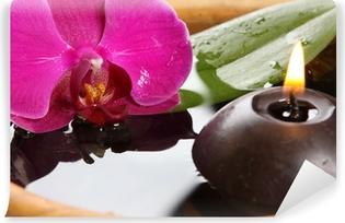 Selbstklebende Fototapete Bougie et orchidée
