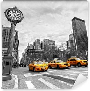Selbstklebende Fototapete Gelbe Taxis auf einer New Yorker Straße