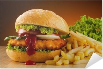 Selbstklebendes Poster Großen Hamburger, französisch frites und Gemüse