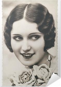 Selbstklebendes Poster Junge Frau mit Rosenblüten, ca.. 1920 Paris