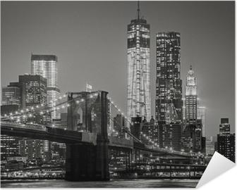 Selbstklebendes Poster New York bei Nacht