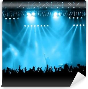 Cheering crowd på koncert, musikere på scenen Selvklæbende fototapet
