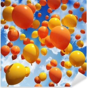 Sticker Pixerstick Balloon est libéré dans le ciel