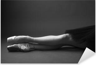 Pixerstick Sticker Benen prachtige ballerina's in pointes, zwart-wit