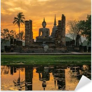 Pixerstick Sticker Boeddhabeeld in Wat Mahathat tempel, Sukhothai Historical Park,