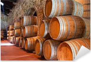 Sticker Pixerstick Cave avec des tonneaux de vin