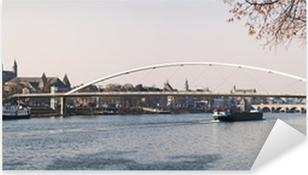 Pixerstick Sticker Cityscape van Maastricht (Nederland) met Maas in fro