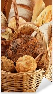 Sticker Pixerstick Composition avec du pain et des petits pains dans des paniers en osier