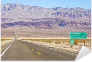 Pixerstick Sticker Death Valley landschap en verkeersbord, Californië
