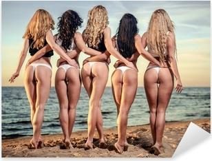 Sticker Pixerstick Dos sexy de cinq belles femmes en bikini sur la plage