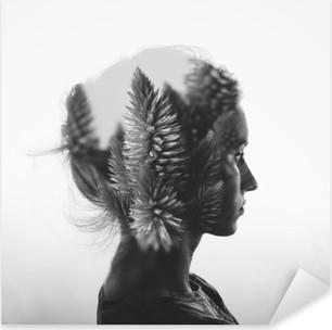 Sticker Pixerstick Double exposition Creative avec le portrait de la jeune fille et des fleurs, monochrome