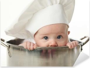 Sticker Pixerstick Gros plan d'un bébé assis dans une marmite