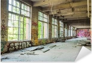 Pixerstick Sticker Grote ramen in de oude verlaten fabriekshal