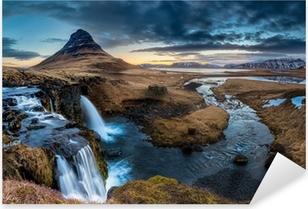 Pixerstick Sticker Het landschap van IJsland - Zonsopgang bij Mt. Kirkjufell