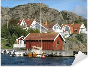 Pixerstick Sticker Huizen door de zee aan de westkust van Zweden