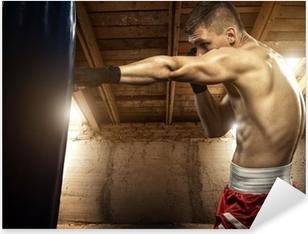 Pixerstick Sticker Jongeman boksen, oefening op de zolder