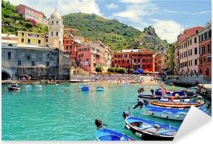 Pixerstick Sticker Kleurrijke haven van Vernazza, Cinque Terre, Italië