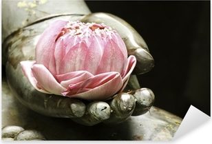 Sticker Pixerstick Lotus rose dans la main de bouddha