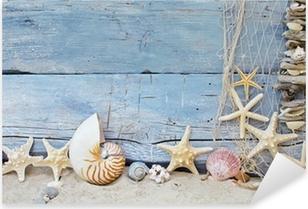Maritimer Hintergrund: Strandgut, Muscheln und Seesterne Pixerstick Sticker