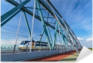 Pixerstick Sticker Nederlandse trein passeren van een brug in Nijmegen