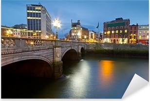 O'Connell street bridge in Dublin at night, Ireland Pixerstick Sticker