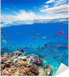 Pixerstick Sticker Onderwater koraalrif met horizon en watergolven