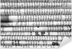 Sticker Pixerstick Pile de journaux en noir et blanc