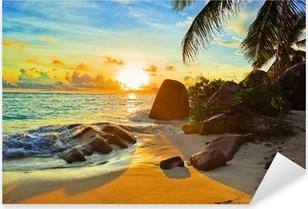 Sticker Pixerstick Plage tropicale coucher soleil