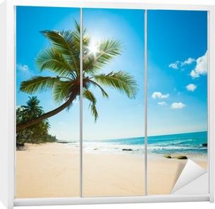 Sticker pour Armoire Plage tropicale au soleil