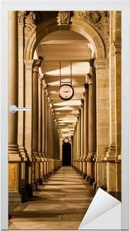 Sticker pour porte Mill colonnade de nuit