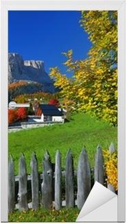 Sticker pour porte Village de Tyrol automne