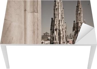 Sticker pour table et bureau Duomo de Milan Italie - flèches de détail de toit
