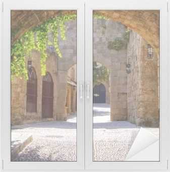 Sticker Vitre Rue médiévale voûtée dans la vieille ville de Rhodes, Grèce