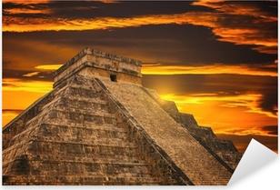 Sticker Pixerstick Pyramide de Kukulkan dans Chichen Itza site