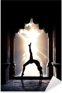 Sticker Pixerstick Silhouette de yoga dans le temple