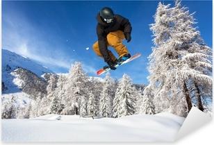 Sticker Pixerstick Snowboarder dans fresca neve