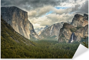 Stormy Clouds in Yosemite park Pixerstick Sticker