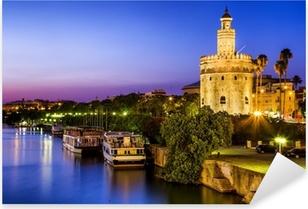 Pixerstick Sticker Uitzicht op Golden Tower (Torre del Oro) van Sevilla, Andalusië, Spanje