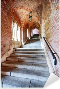 Sticker Pixerstick Vieux escaliers sous un tunnel de briques