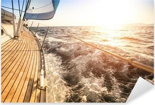 Sticker Pixerstick Voile au lever du soleil. yacht de luxe.