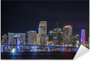 Sticker Pixerstick Vue d'ensemble de la place financière de Miami la nuit