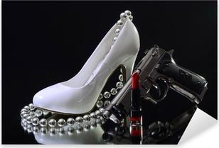 Weißer High Heel mit Lippenstift und Waffe Sex and Crime Pixerstick Sticker