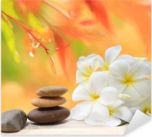 Sticker Pixerstick Zen spa concept fond - pierres de massage zen avec fleur de frangipanier plumeria et gouttes d'eau sur la nature de fond