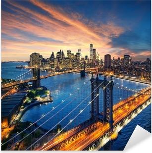 Pixerstick Sticker Zonsondergang boven de Manhattan en Brooklyn Bridge